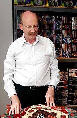 دکتر جان تامپسون